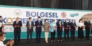 Teksöz Adana'da kooperatif zirvesine katıldı