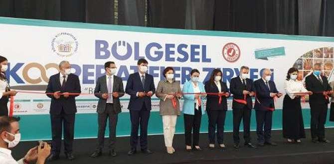 A. Kadir Teksöz Adana'da kooperatif zirvesine katıldı