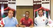 Sam Adekugbe resmen Hatayspor'da