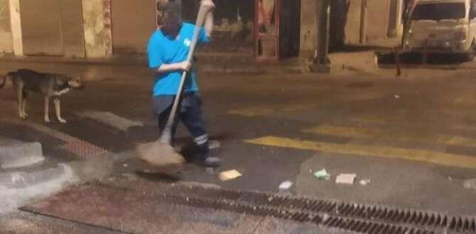 Antakya Belediyesi ekipleri'nden mazgal temizliği