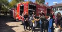 Bingöl'de Özel Gereksinimli Öğrenciler, İtfaiye ekiplerini ziyaret Etti