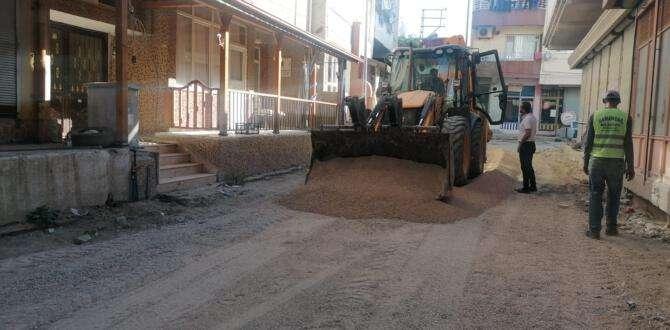 Samandağ'da yol yapım çalışmaları devam ediyor